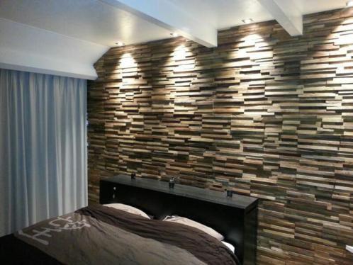 houtstrips in slaapkamer van Woodindustries sense wall cladding