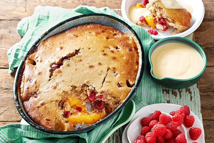 Peach and raspberry pudding