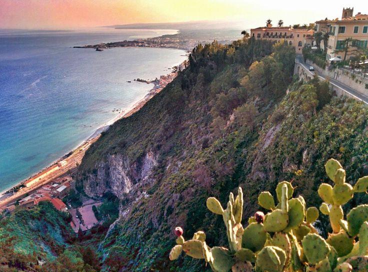 Panorami, #Sicilia #Taormina - Turismo