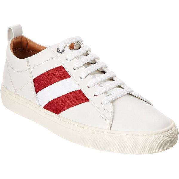 Bally Helvio Leather Sneaker (1.110 BRL) ❤ liked on Polyvore featuring men's fashion, men's shoes, men's sneakers, white, mens white leather sneakers, mens white shoes, mens white leather shoes, bally mens shoes and bally mens sneakers
