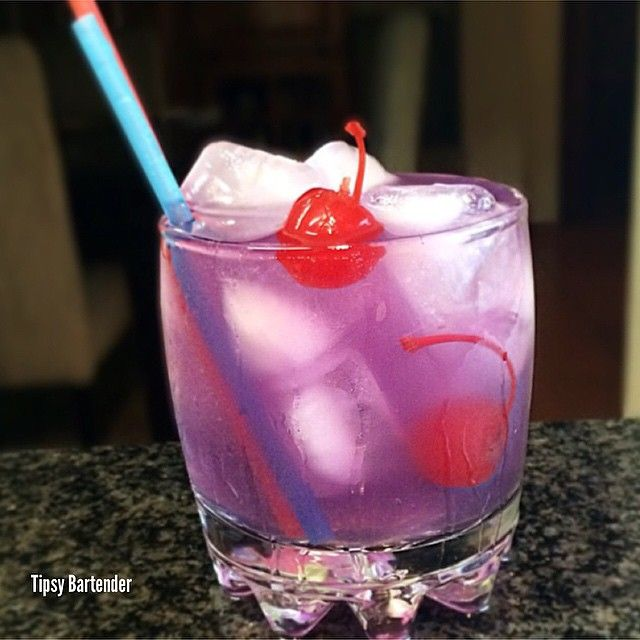 THE PURPLE MATT (pictured) 2 oz. (60ml) Absolut Kurant 1 oz. (30ml) Blue Berry Syrup Top with Lemon Lime Soda