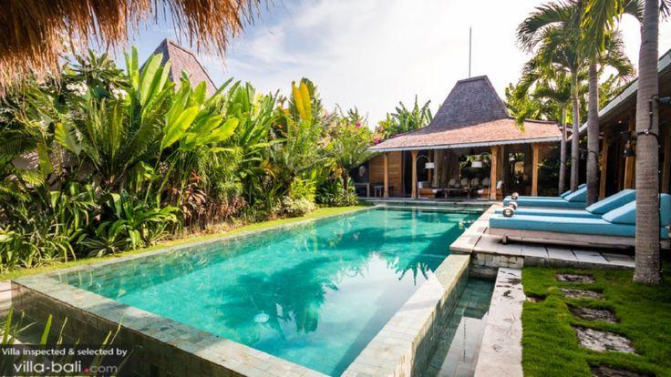 Vakantiehuis Lunah - Kerobokan Bali, Indonesië - Luxe vakantievilla met zwembad voor 6 tot 8 personen -- mail@xclusivevillas.com of bel: 0031 (0)85 401 0902