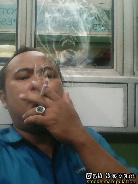 Face smoke