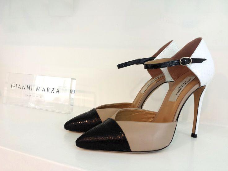 Ci sono due cose di cui non ne hai mai abbastanza. Buoni amici e buone scarpe!!!  Shop online: www.loggicalzature.com Details on: http://calzatureon-line.it/
