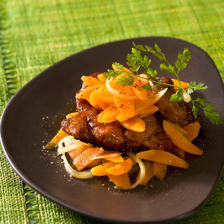 Découvrez la recette Jarret de veau aux carottes sur cuisineactuelle.fr.
