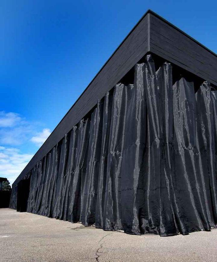 artwood-showroom-by-lda-i-mda-architects-03