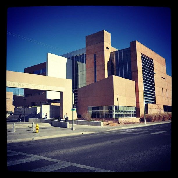 University of New Mexico   *Basic Medical Sciences Building  * Room 107  *hsc.unm.edu\som *somadmissions@salud.unm.edu