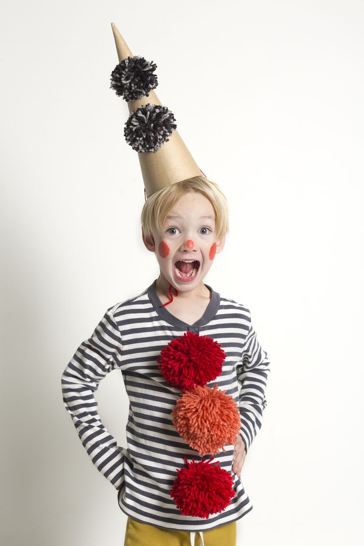 happy clown costume DIY with pompoms and cone hat | mer mag for Kids 21