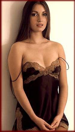 Jane Seymour... actriz inglesa, famosa por su interpretación de la doctora Michaela 'Mike' Quinn protagonista de la Popular serie Doctora Quinn (1993 - 1997)