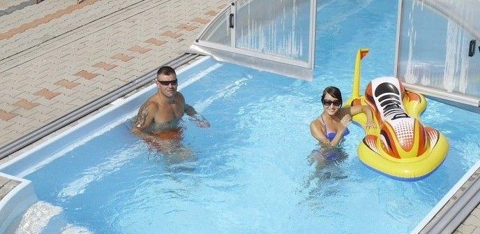 basen PoolsFactory