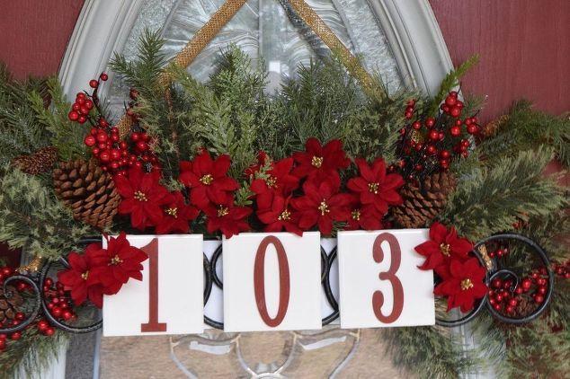 house number door hanger christmas edition, doors