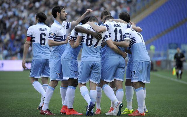 Lazio, individuato il successore di Klose L'inizio di stagione in casa Lazio non è certo stato dei più sereni, dopo tutte le vicessitudini si prova a tornare alla normalità buttandosi sul mercato. La prima necessità è quella di individuare u #lazio #calciomercato #calcio