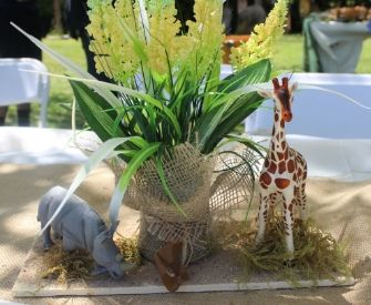Safari centerpieces