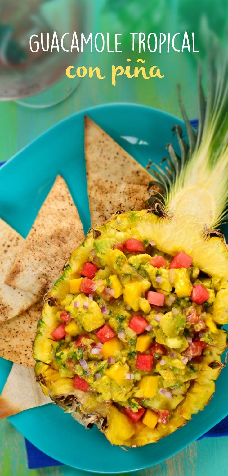 Esta piña rellena con guacamole es un snack saludable con todo el sabor mexicano de las frutas ¡Prepárala!