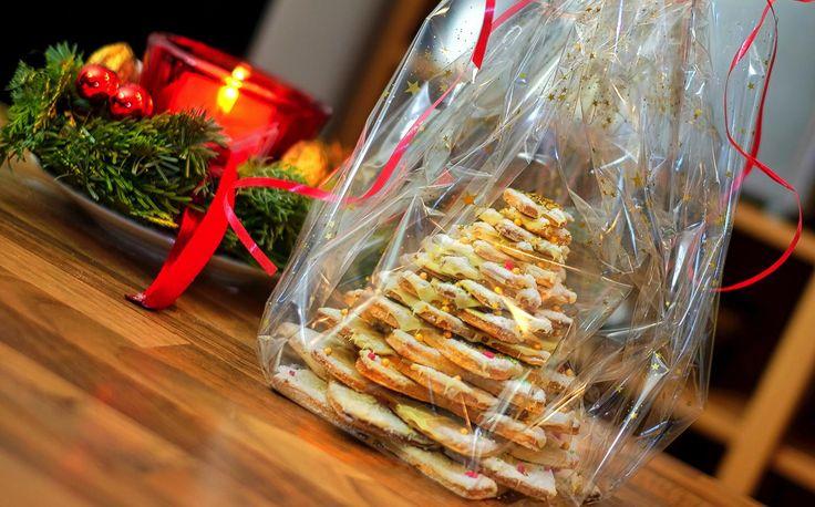 Tannenbaum zu Weihnachtena aus Gebaeck