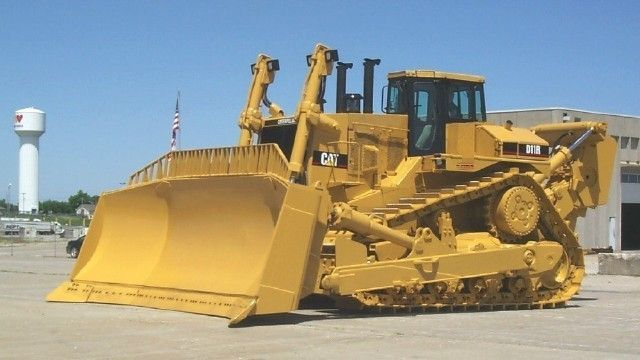 850hp 230 000 lbs d11r introduced in 1996 along with 24h for Cat 24h motor grader