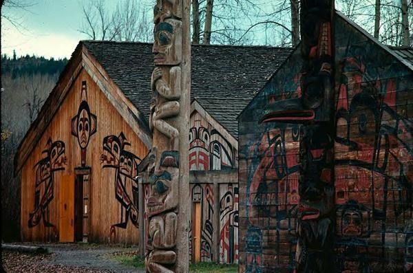 Houses, Housefront Paintings and Totem pole at 'Ksan Historical Village
