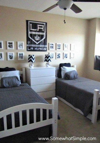 He Shoots  He Scores  Boys Hockey Bedroom. The 25  best Boys hockey bedroom ideas on Pinterest   Hockey