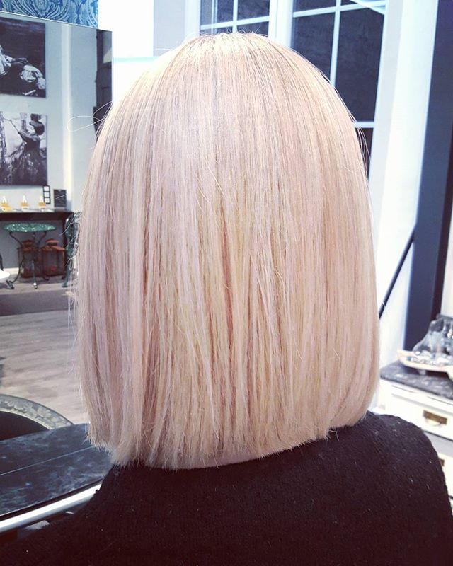 Another Work from Today✂ Made with Finestpigments from davines #pastell #pastellhair #blonded #instagood #instadaily #blondehair #haircolor #davines #davinescolor #salonkomplizen #hairdresser #hairstylist #friseur #tübingen #reutlingen #metzingen #haircolor #colorist #picoftheday #instago #hairdresser #balayage #balayageombre #ombrehair #nicehair @davinesdeutschland @davinesofficial