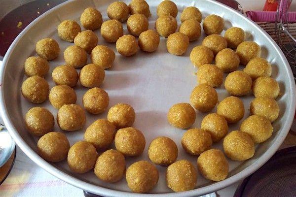 Ladoo (gâteaux indien) farine de pois chiches
