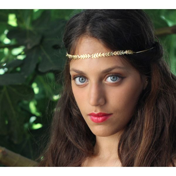 Jaime Wreath 2 Durable Hair Chain Romantic Tiara Golden Leaves Halo... (120 AUD) ❤ liked on Polyvore featuring accessories, hair accessories, gold, headbands & turbans, tiara crown, golden crown, leaf garland, tiara headband and flower hair accessories