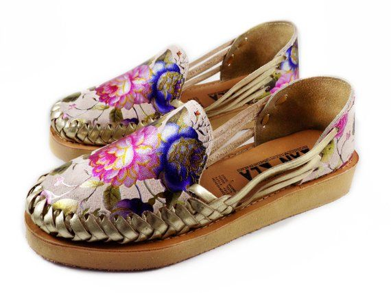 e923916f03f41 Mexican Huaraches Platform Roses in 2019 | Products | Huaraches ...