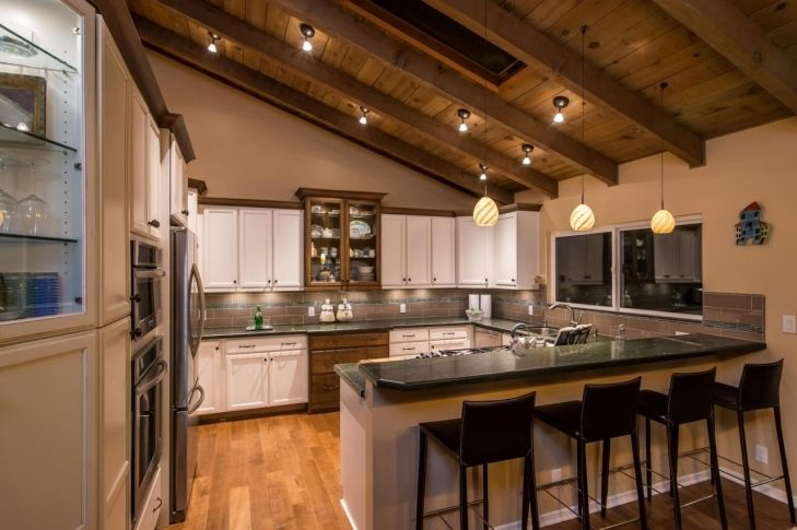 Kitchen Designs With Vaulted Ceilings Regarding Your Own Home