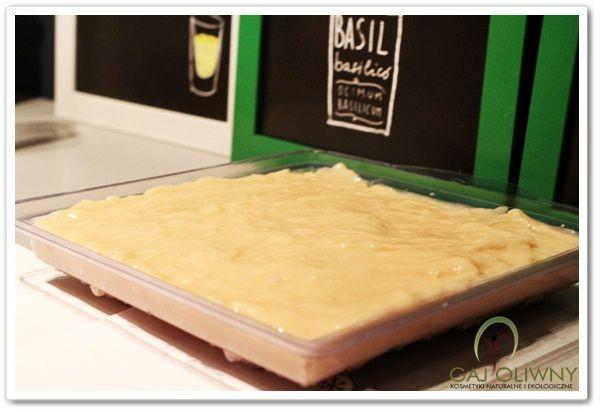 """Soapmaking cold process - surowe mydło wytwarzane metodą """"na zimno"""". www.gaj-oliwny.pl"""