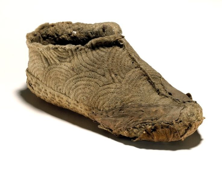 Felt boot from Mazar Tagh in the British Museum collection.  Dated 8th-10th century.