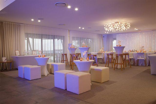 Lure - Cocktail Wedding Reception