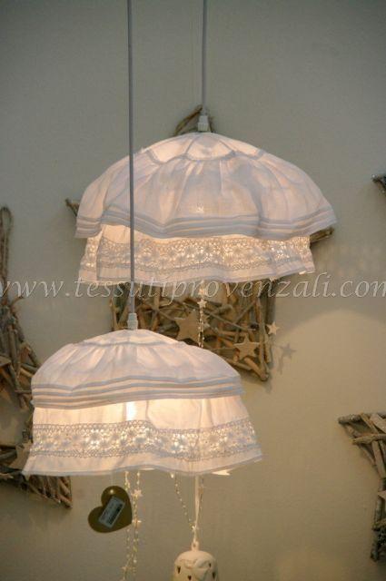 Oltre 25 fantastiche idee su lampadario shabby chic su for Lampadari di tessuto