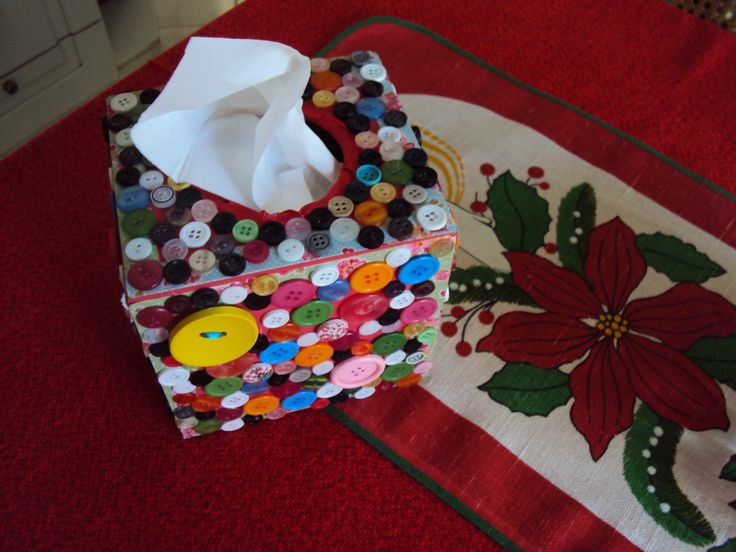 Wooden tissue box totally covered with buttons!A gift for a good friend!!