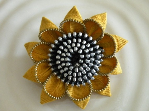 Cool Zipper Flower