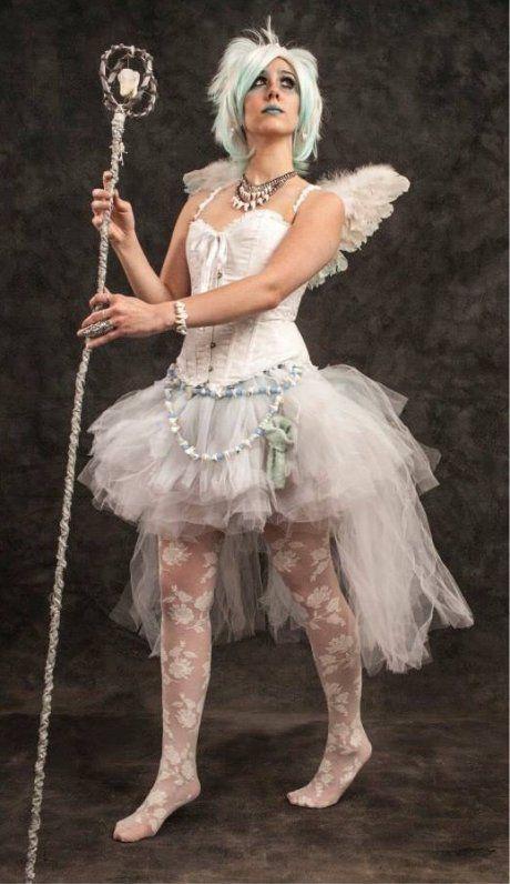 Awesome tooth fairy costume - via ilk2drawnstuff on tickld.com