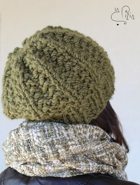Berretto+in+lana+realizzato+a+maglia+di+La+Pizia+Accessori+su+DaWanda.com