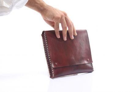 Agarapati Leather CLUTCH