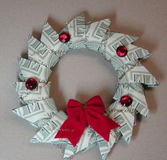 14 Creative Money Gift and Cash Gift Tutorials  |  via Tip Junkie