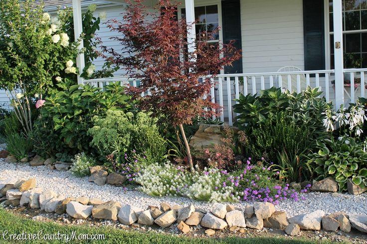 Creative Country Mom's Garden: Happy September Garden!  See the post here.... http://creativecountrymom.blogspot.com/2014/09/happy-september-garden.html