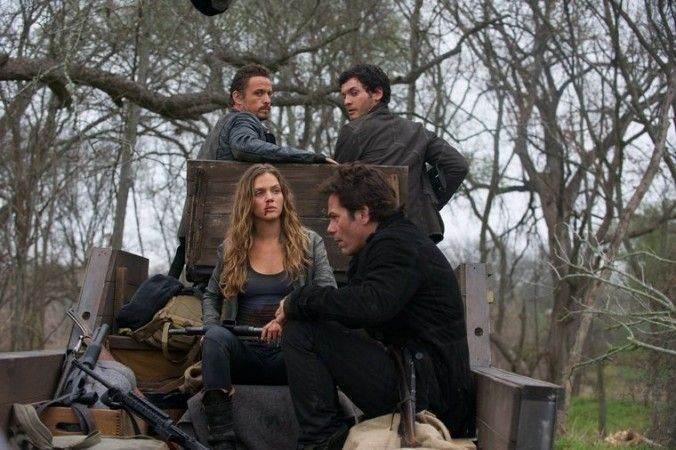 revolution tv show 2014 schedule | Revolution Season 2 Finale Spoilers, Air Date; Plus Season 3 Renewal ...