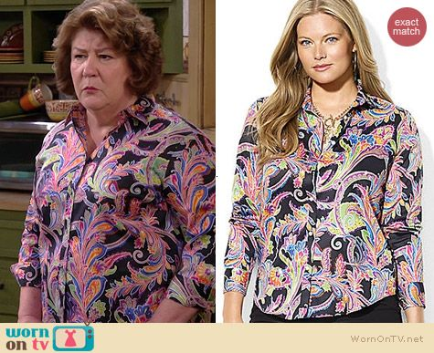 Carol's multi-colored paisley shirt on The Millers.  Outfit Details: http://wornontv.net/39246/ #TheMillers