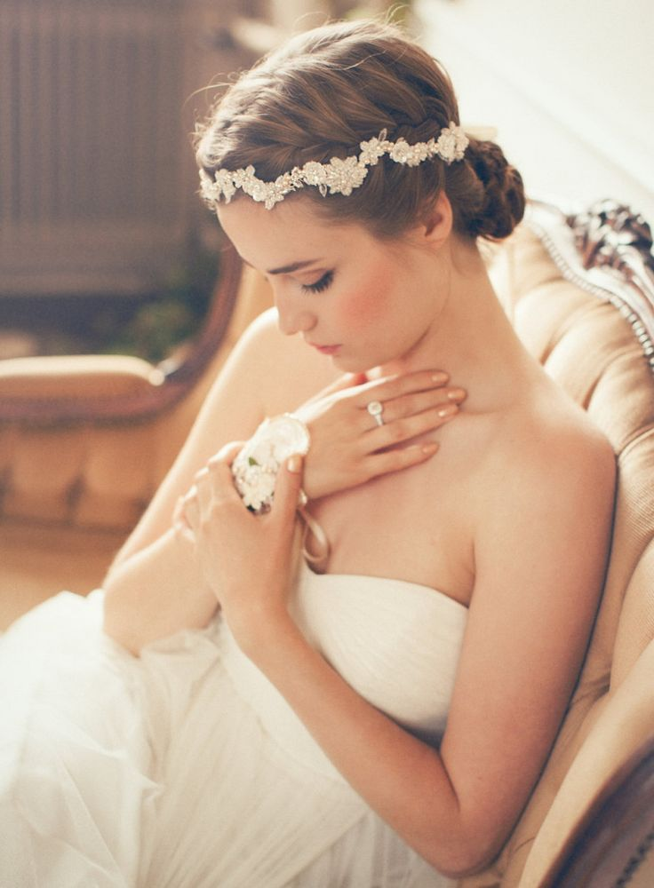 White flower and pearl vine Jannie Baltzer Couture Bridal Headpiece | Photography by http://wedding.sandraaberg.com/