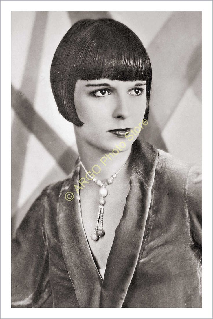 an analysis of the louise brooks and the flapper era Louise brooks / flapper if you want to channel 1920's glamour, actress and dancer louise brooks personifies flapper style during the silent film era, louise wore bold metallics, drop-waist silhouettes and stylish feathers.