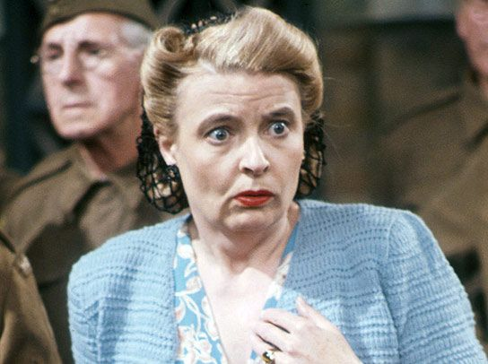 Dad's Army - Janet Davies - Frank's Mother, Mrs Mavis Pike