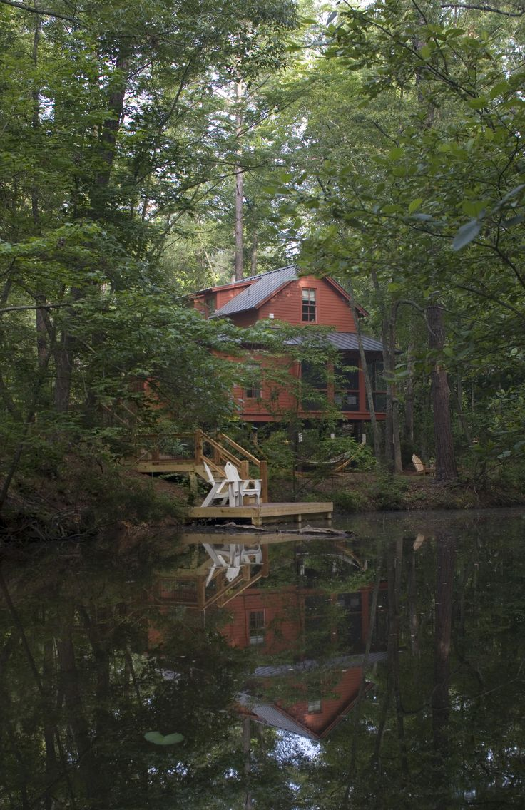 Weekend Cottage at Callaway Gardens in Pine Mountain, Georgia | Architecture: Historical Concepts | Photo: Richard Leo Johnson