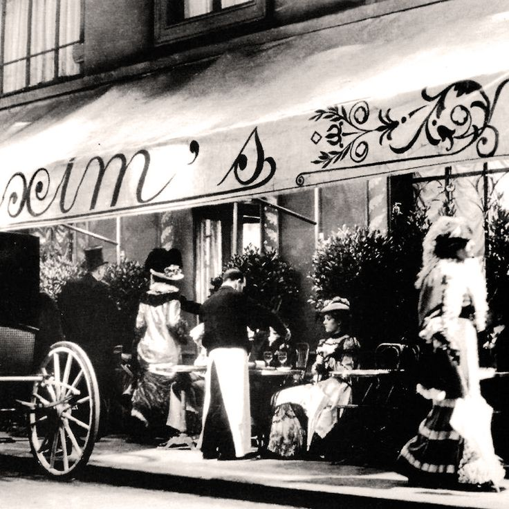 """"""" Restaurant Maxim's de Paris, Rue Royale And his famous art nouveau decoration  Known for its Art Nouveau Interiors.  #Vintage #Paris #Afterworks from Thursday #Maxim's de Paris #elegant and cars #Paris already to the avant-garde """""""