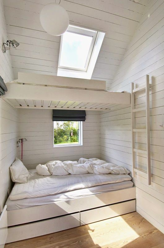 bunk beds ~ Look ma, no rails. Love the look of this , but I think a cozy bean bag chair and a book shelf would be perfect use of the space.