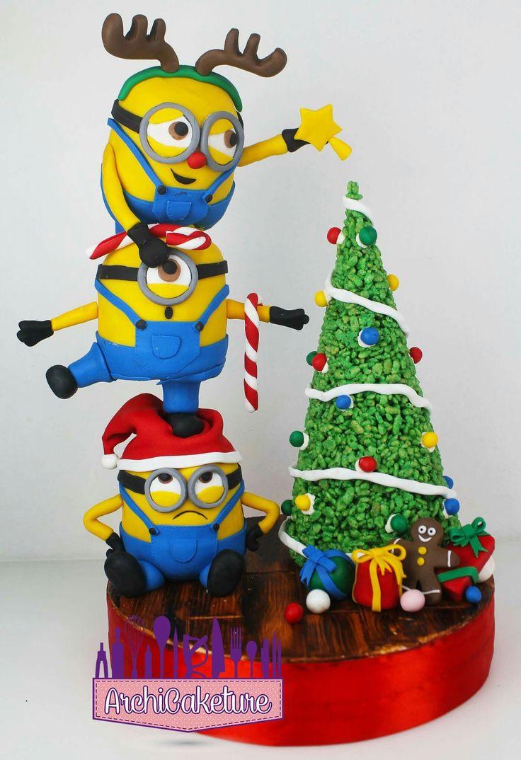 Minion Christmas Gravity Cake