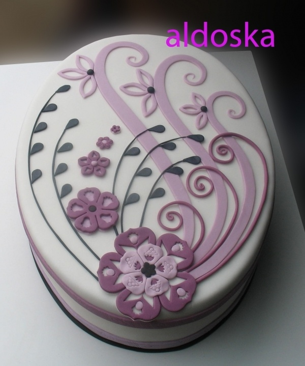 This lady's cakes are amazing. So intricate and yet simple