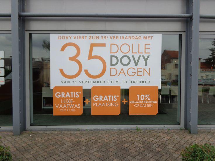 Dovy Keukens vierde z'n 35ste verjaardag met 35 dolle dagen. Voor deze actie verzorgde Xl Reklame de communicatie op de etalages met een3M removable sticker.