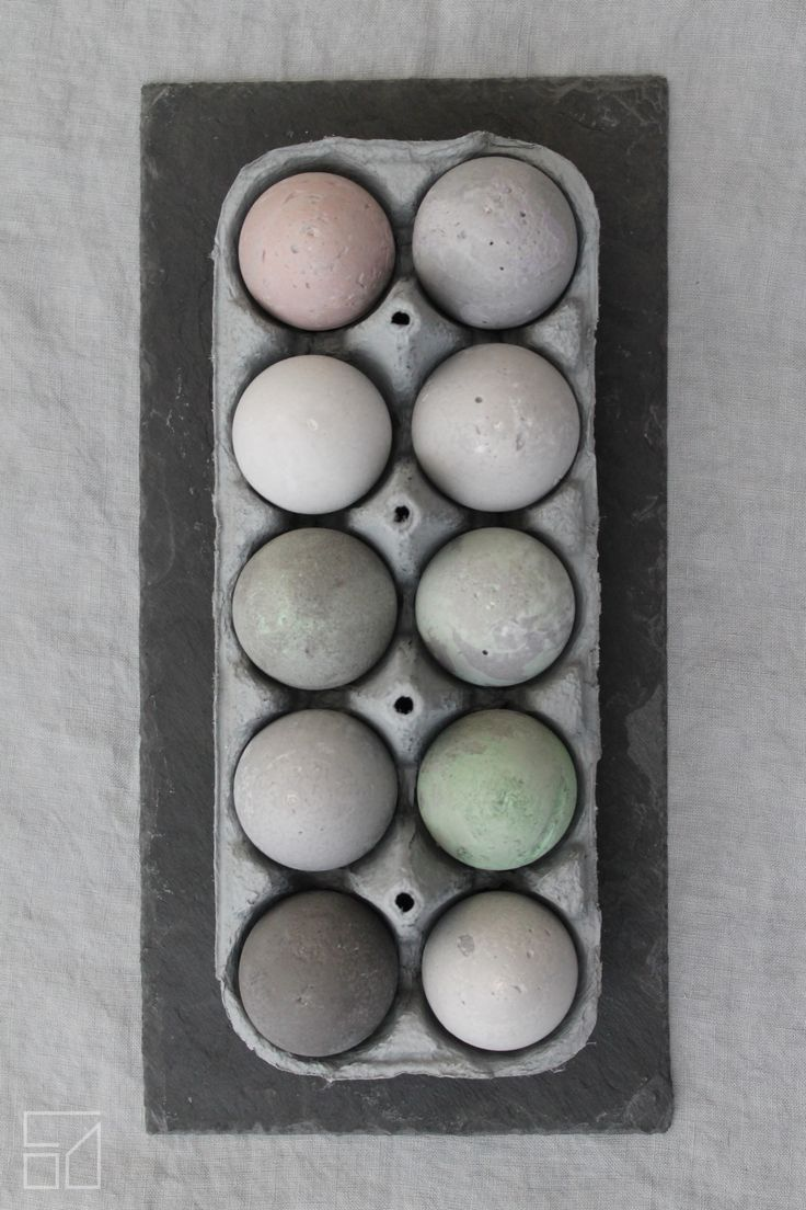 Odu Design - Concrete eggs https://www.facebook.com/odudesign/  http://www.odudesign.com/